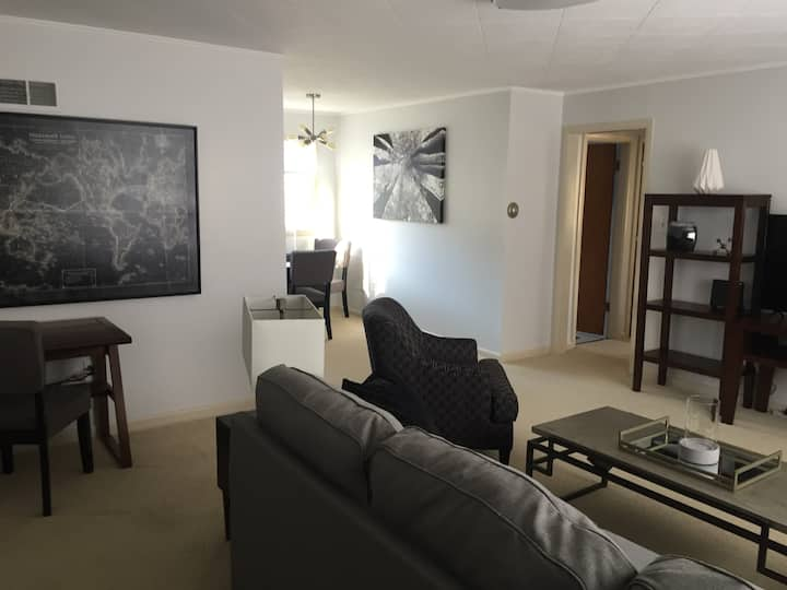 Heart of Great Falls, $1500 for 30 day booking.