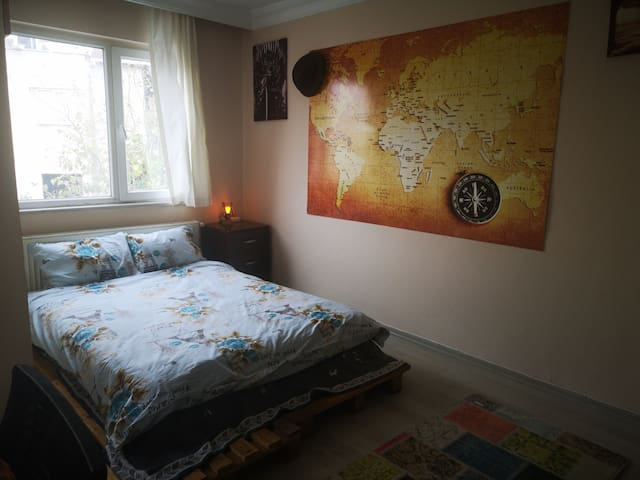 Spacious, huge, comfy, bright room with balcony