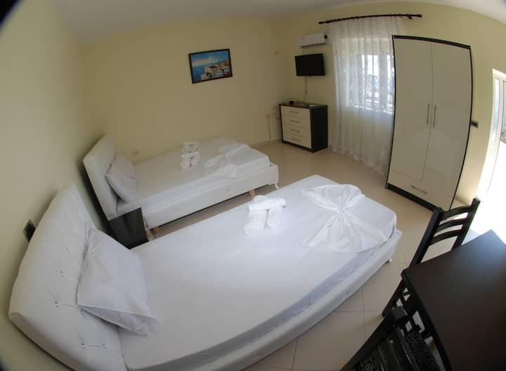 Rama Apartments Studio Apartment