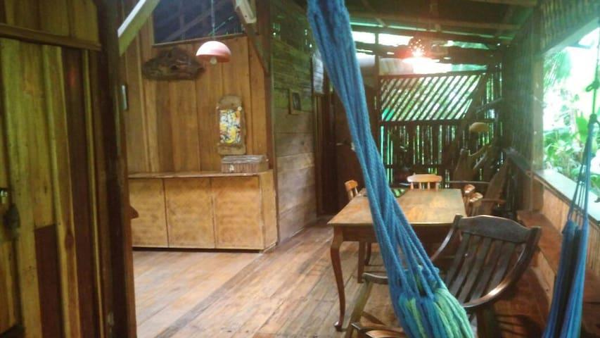 Cabinas Yemanya, Iquequanque