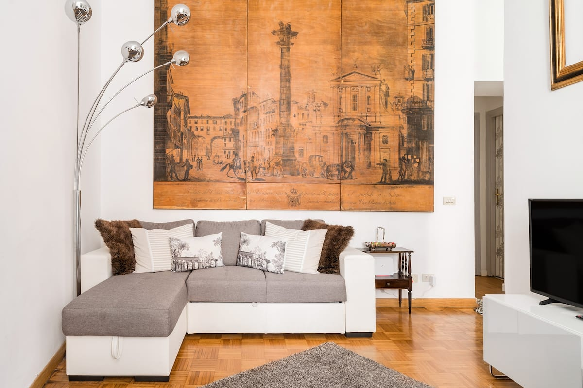 Admire Antique and Modern Touches Minutes from the Pantheon