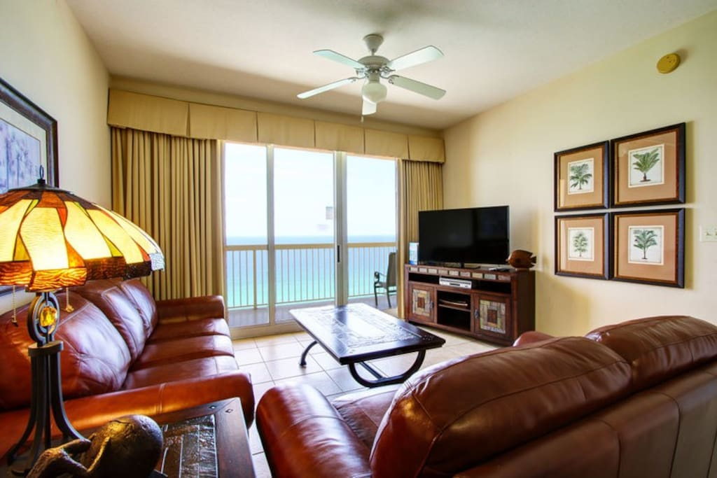 Gorgeously Updated 1 Bedroom/1.5 Bath Condo in Calypso! Sleeps 4!