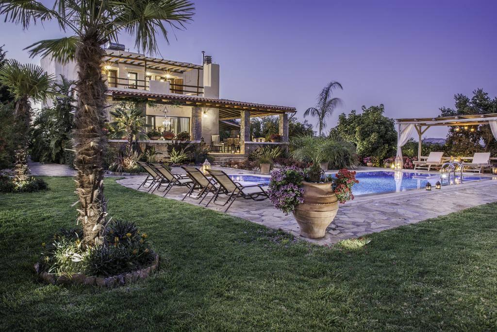 3 bedroom villa in pemonia villen zur miete in chania kriti griechenland. Black Bedroom Furniture Sets. Home Design Ideas