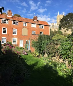 Stunning Listed Cottage in Historic Uphill Lincoln - Lincoln - Huis