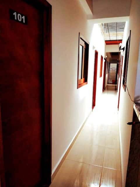 Hotel Jireh el más cercano a los Charcos