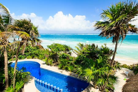 Luxury 5 Rooms House, Private Beach, All Sevices. - Tulum - Huis
