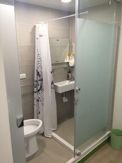 乾濕分離的獨立衛浴