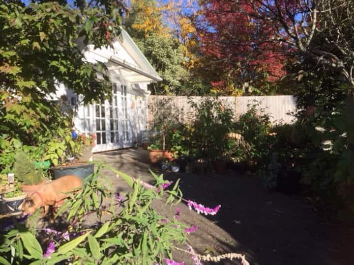Greendale - Garden cottage in picturesque Leura
