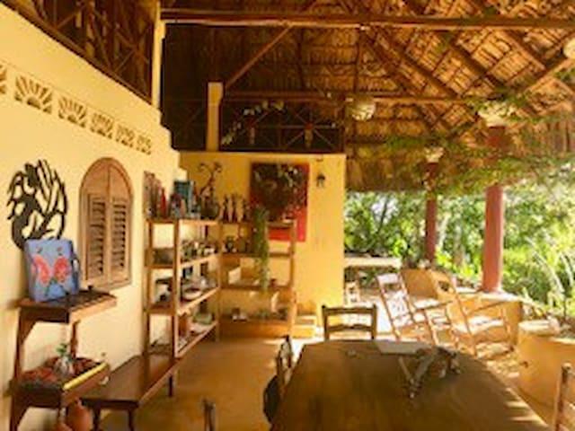 Villa Te Soley, Paradise Overlooking Kabic Beach
