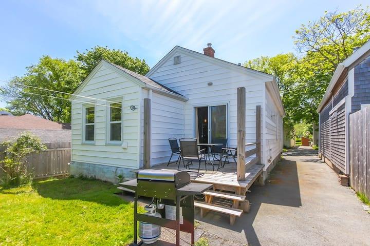 Big backyard, gourmet kitchen, central Halifax