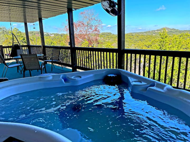 Last Min Special! HotTub! GreatView/Location/Host