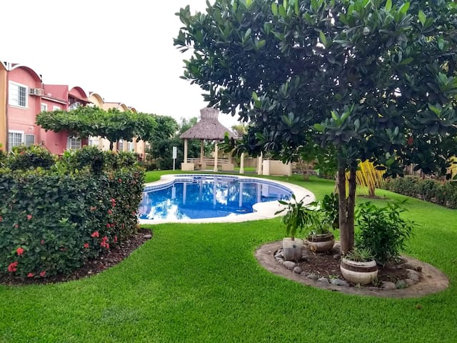 Casa con Alberca  en Flamingos Ixtapa