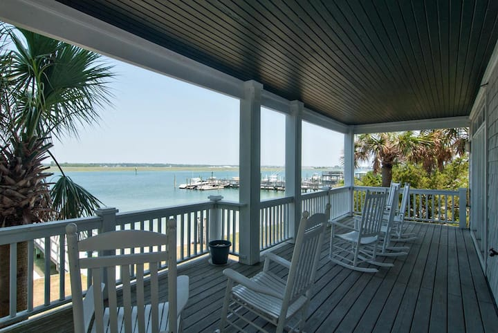 Banks Channel (Lower)-Luxurious soundfront lower unit with the best sunsets on the beach