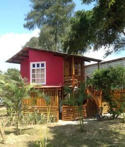 Private bungalow with ocean views - Montañita - Bed & Breakfast