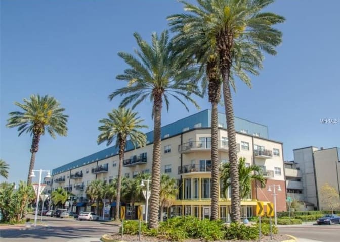 Great Location - Downtown Edge District St.Pete