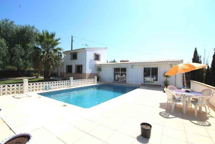 Casa Mora: a tranquil country villa - Chiva - Villa