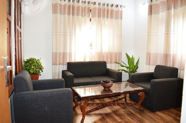 Thamel < 5 min walk 1BHK (Kathmandu Apartment)