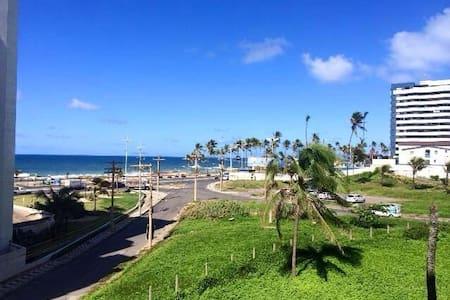 Quarto no jardim de Alá frente  ao mar - Salvador - Huoneisto