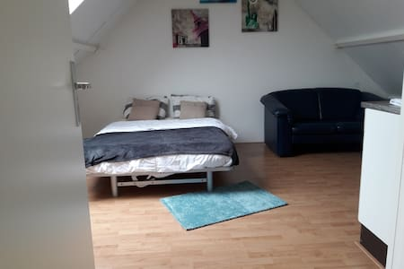 Nice new room in friendly neighborhood of Kampen