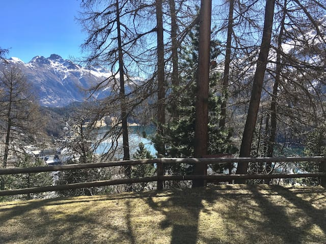 Apartment with lake view - Sankt Moritz - Apartamento