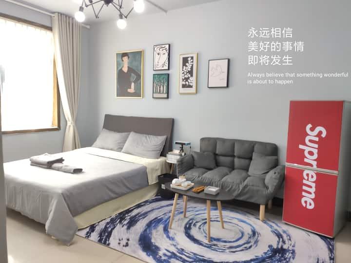 Ran's公寓/ins风/巨幕投影/网红/洋湖/岳麓山/湖大/师大/中南/大学城