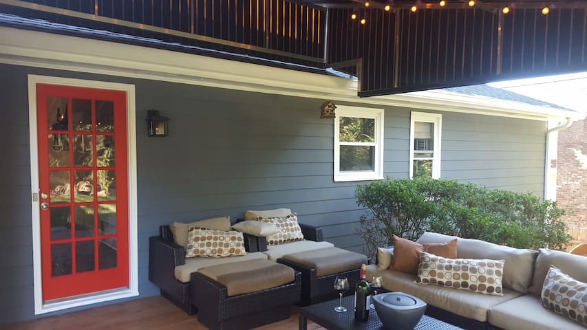 Cozy Ranch Home- Basement 4 Rent 1 person only