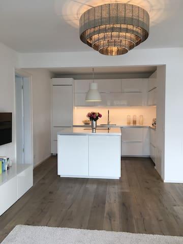 Modern 2 bedroom apartment in exclusive area