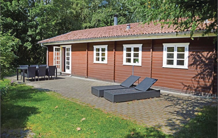 Holiday cottage with 3 bedrooms on 73m² in Herning