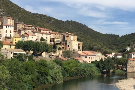Cosy house for two minutes from the beach - Roquebrun