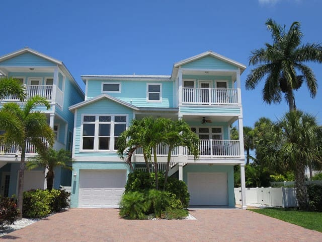 Private pool home in the center of Holmes Beach - Holmes Beach - Maison