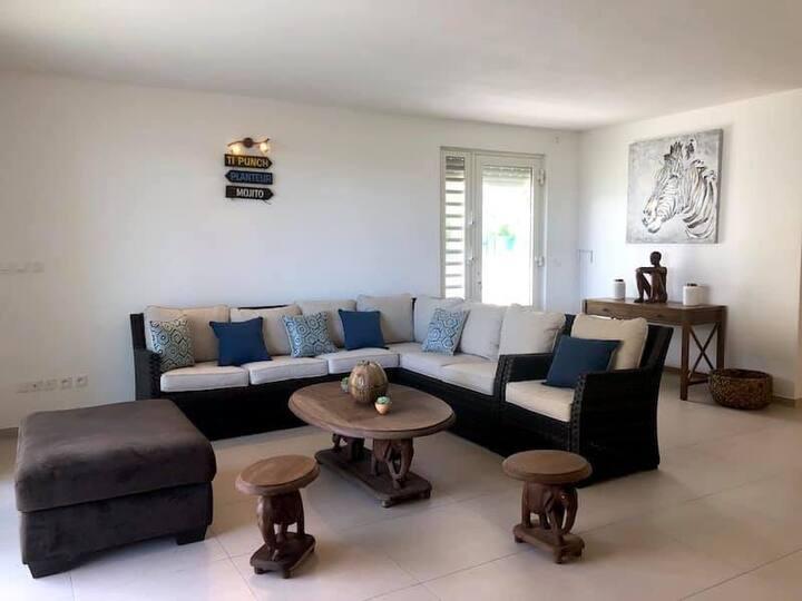 Belle maison 5 chambres Orient Bay proche plage