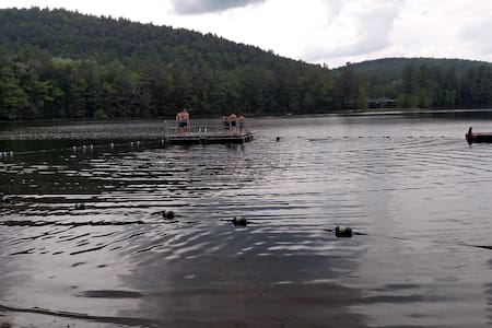 ADK MT/Lake 3 BDRM HSE for up to 6 - Chestertown - Casa