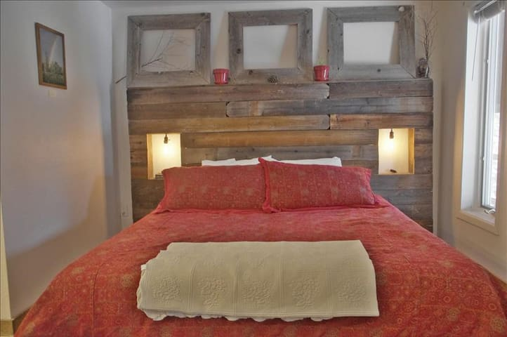 2 Bedroom Jacuzzi Suite In Newly Refurbished Historic Lodge - Green Mountain Falls - Annat
