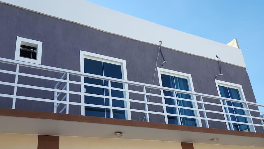 Casa confortável, próximo à todas as praias.