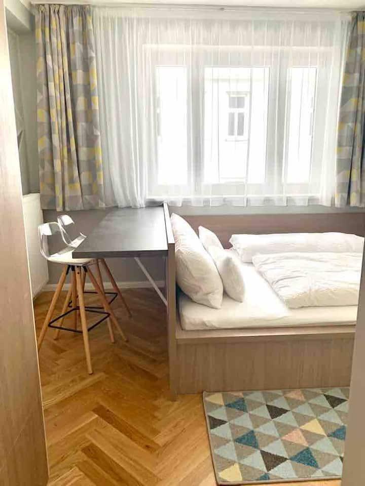 8 flats Pension Rose Zieglergasse Apartment 5