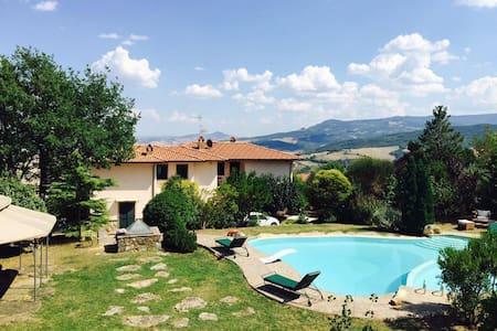VACANZA E SOGGIORNO IN VAL D'ORCIA - Castiglione d'Orcia