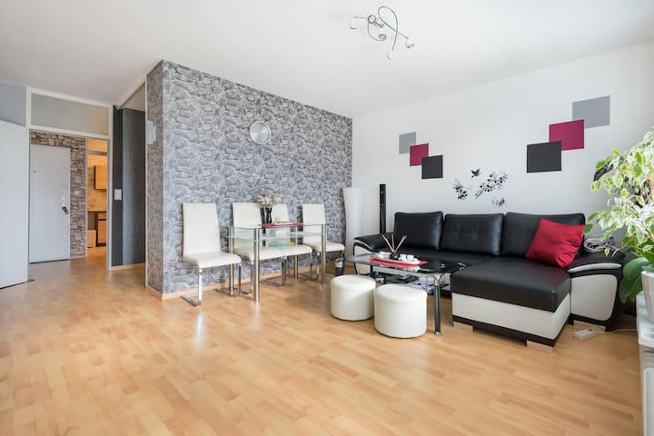 Apartment just 700 meters to Hannover Exhibition