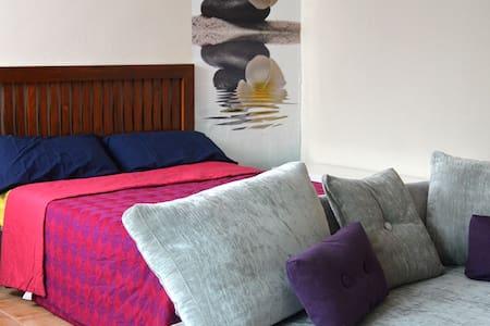 Lovely Loft - Granada