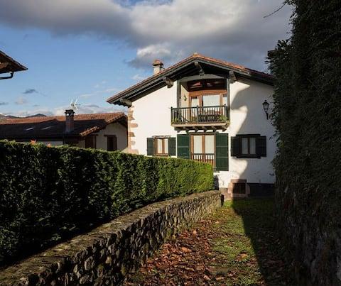 Casa Senperenea II