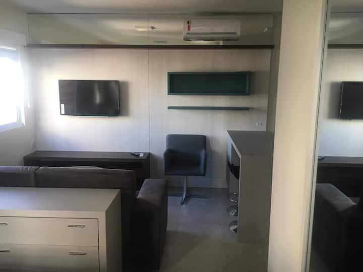 Studio Glorenza - 4° andar - Ótima localização