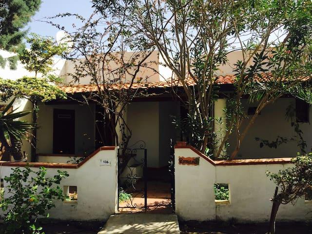 Vulcano, Cottage tra le Mimose - Vulcano Porto - Casa