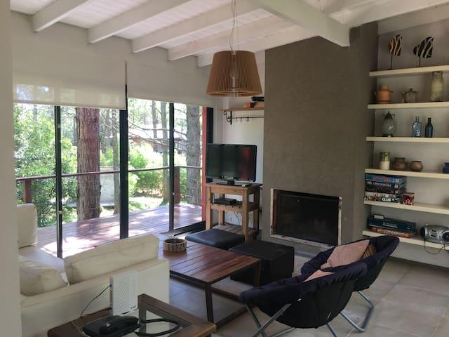 Casa  bosque Carilo