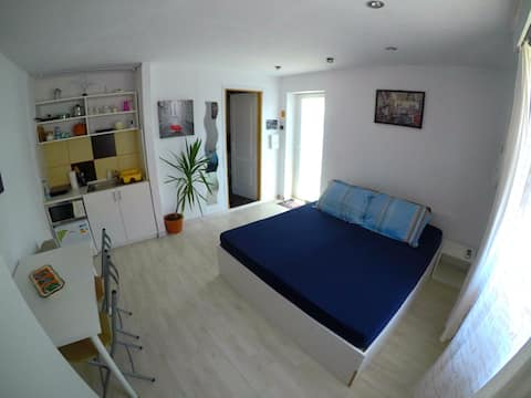 Apartment near city center Near Top Med&Nova vita