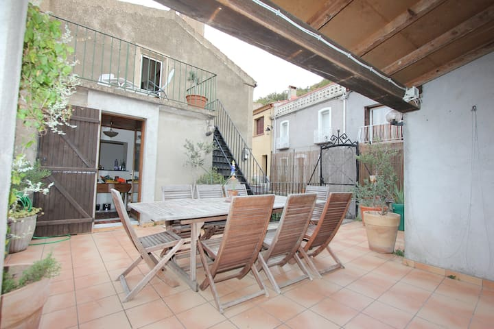 Grande Masion des Oliviers - Caramany - House
