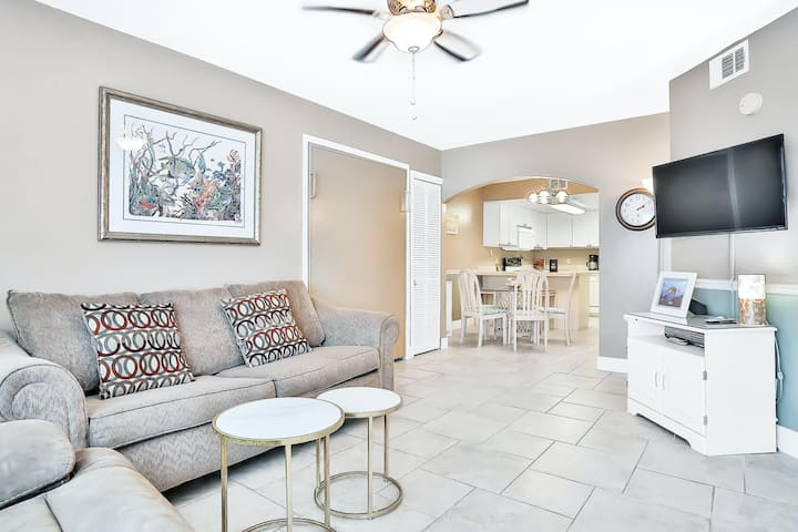Ground Floor Condo with Shared Heated Pool, High-Speed WiFi, and Central AC!