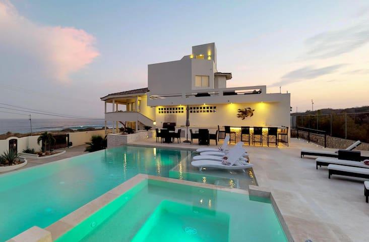 Lighthouse and Ocean Views at Villa Playamar