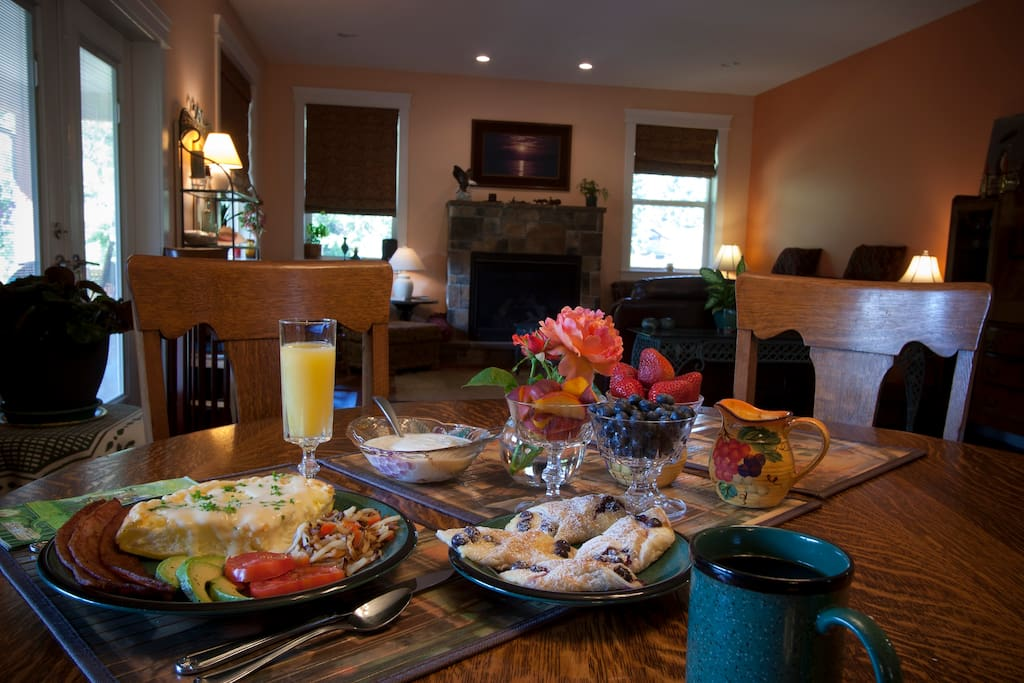 breakfast in dining room