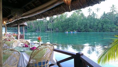 Vila Chaumieres Restaurant & Resort Lagoon View Rm