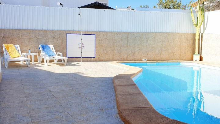 2 Bedroom house with pool in Ferreiras, Albufeira
