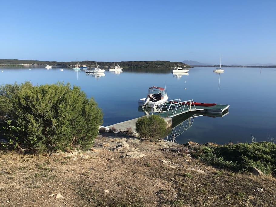The jetty and pontoon are part of the property. Perfect for an early morning kayak or bring your boat and launch from your own private spot.